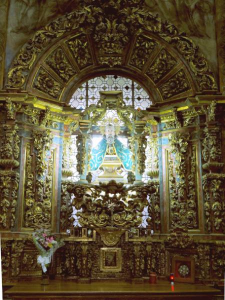 Interior Ermita de San Saturio_1