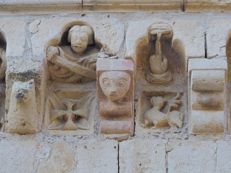 Canecillo ermita de Sotosalbos